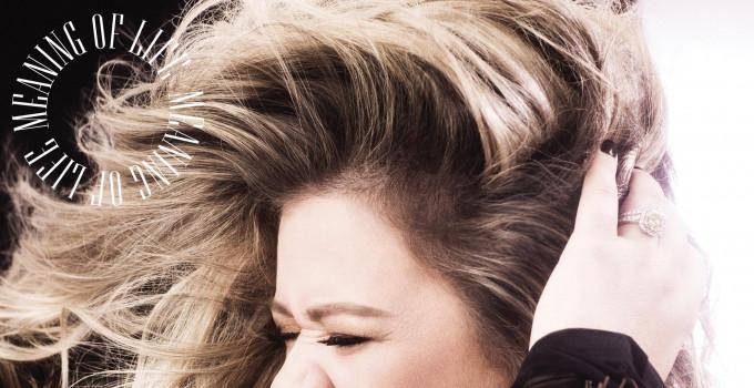 Kelly Clarkson: la superstar vincitrice di diversi Grammy svela i dettagli del suo atteso album